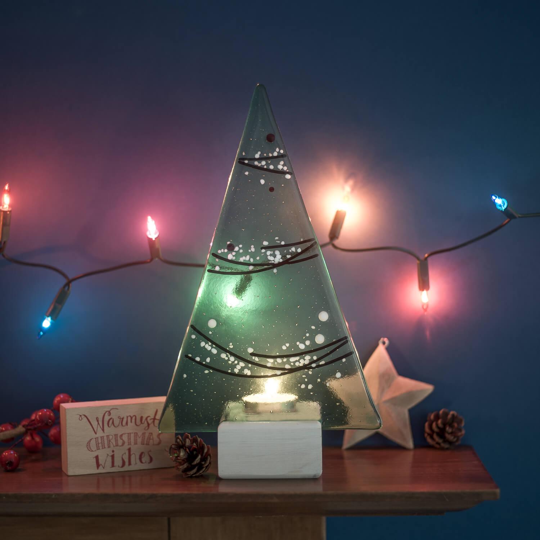Christmas themed image for glass artist Ann Maitland
