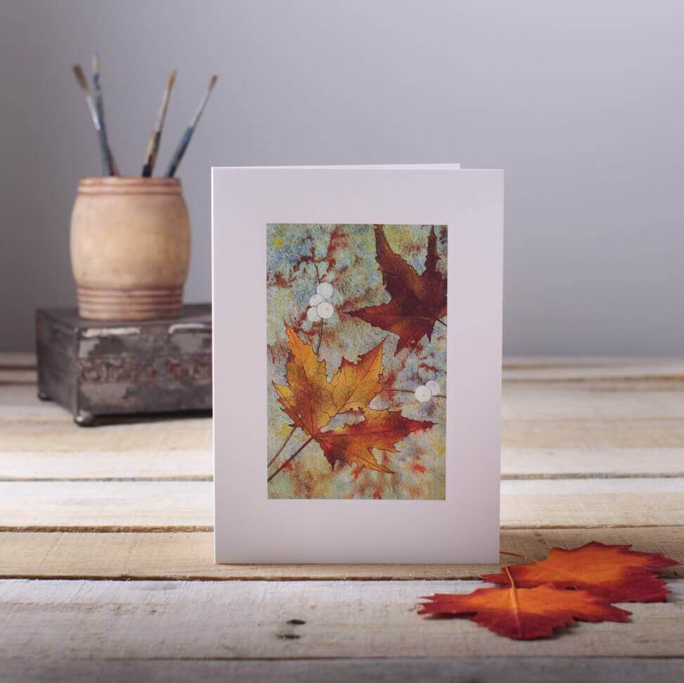 Nature inspired greetings cards with leaves as props