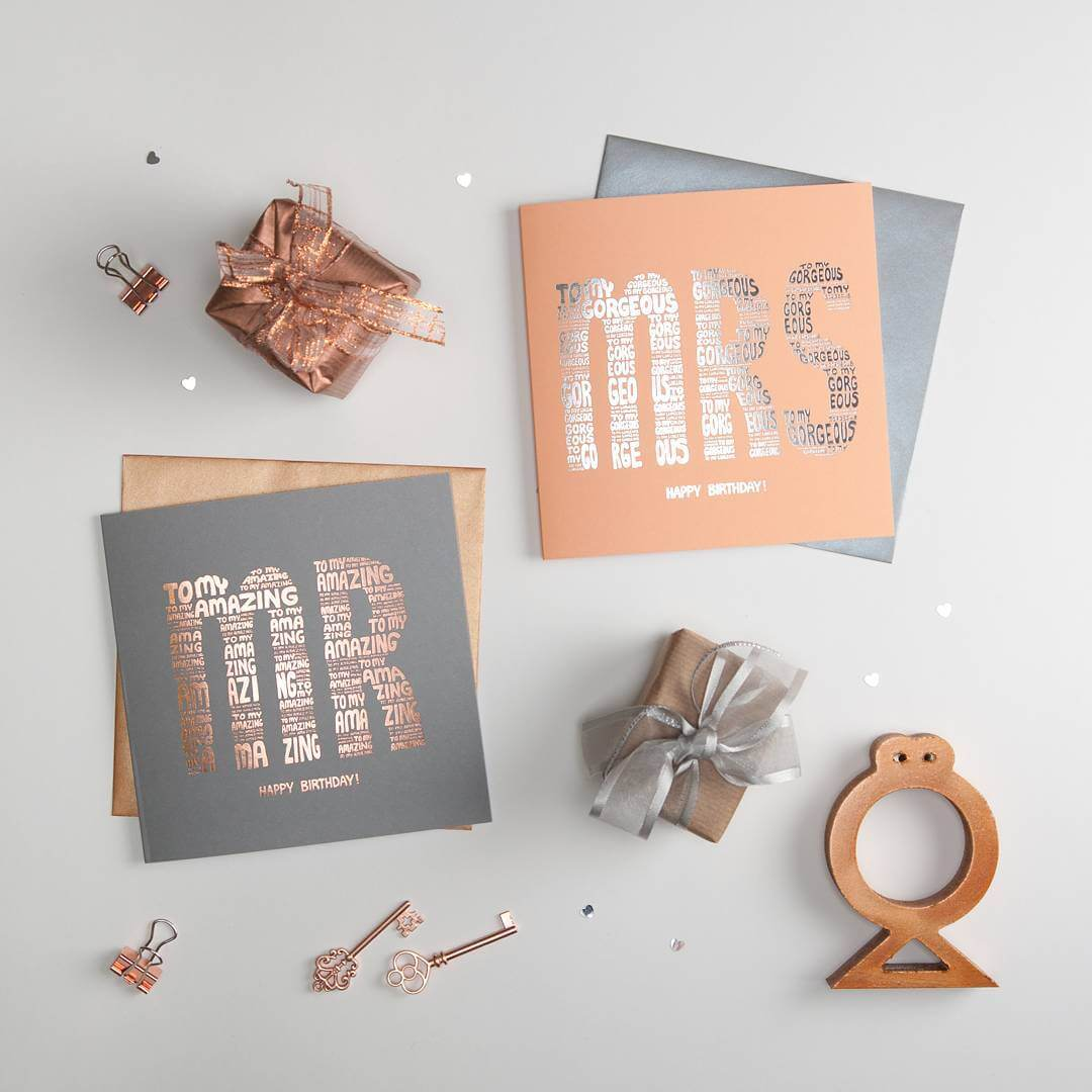 Flatlay photography of special reflective finish cards