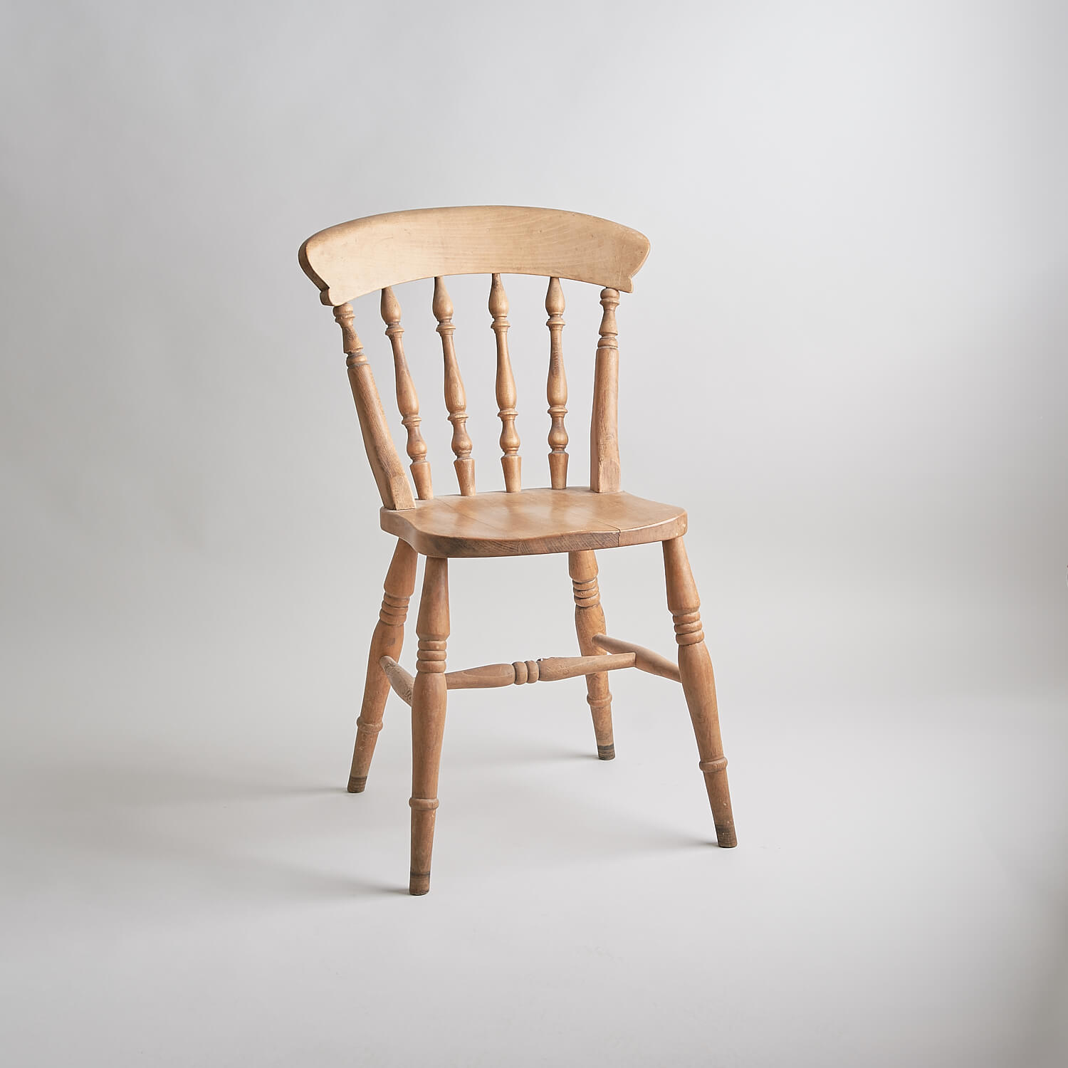 Farmhouse pine chair