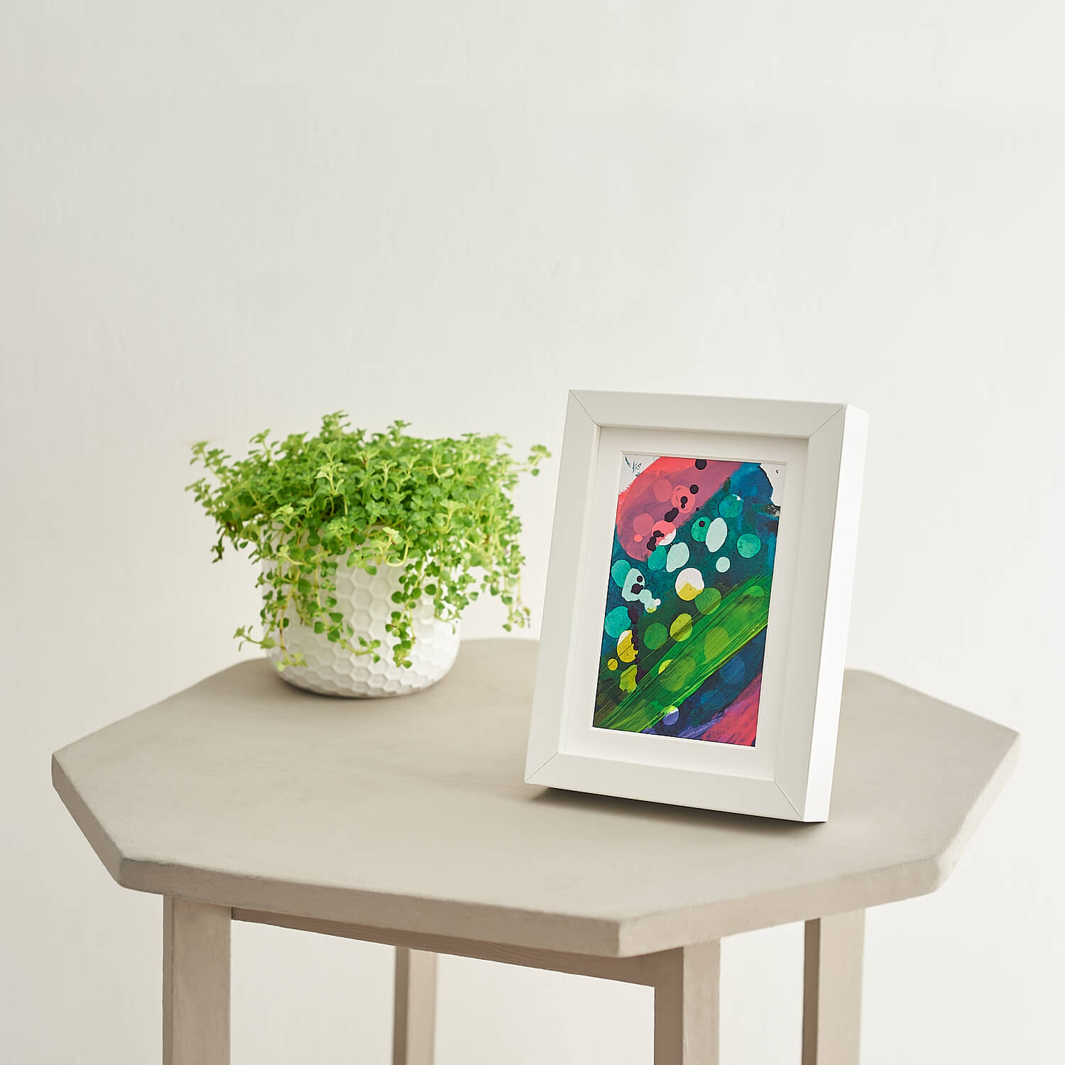 Contemporary minimalist product photograph of painting by artist Kia Cannons
