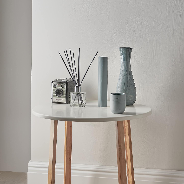 Febbie Day Ceramics porcelain vases blog article featured image